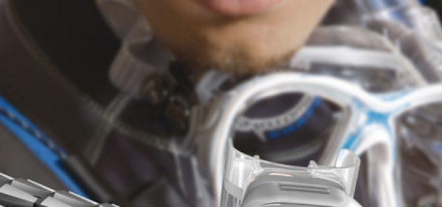 This scuba mask concept lets divers swim without tanks