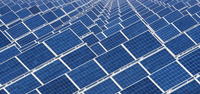 India brings the world's largest solar power plant online