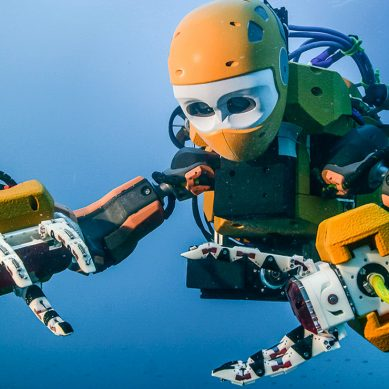 Stanford's humanoid robotic diver recovers treasures from King Louis XIV's flagship