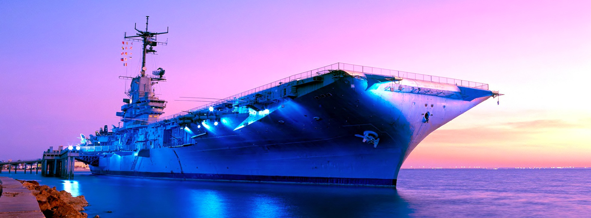 US to turn its aircraft carriers into floating drone factories – Fanatical Futurist by International Keynote Speaker Matthew Griffin