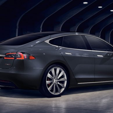 Tesla's first fully autonomous car makes its first appearance