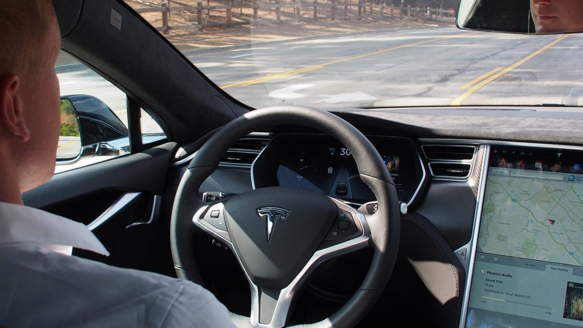 See the world through the eyes of a driverless Tesla Model S